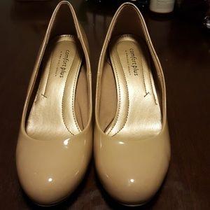 Like new beige heels